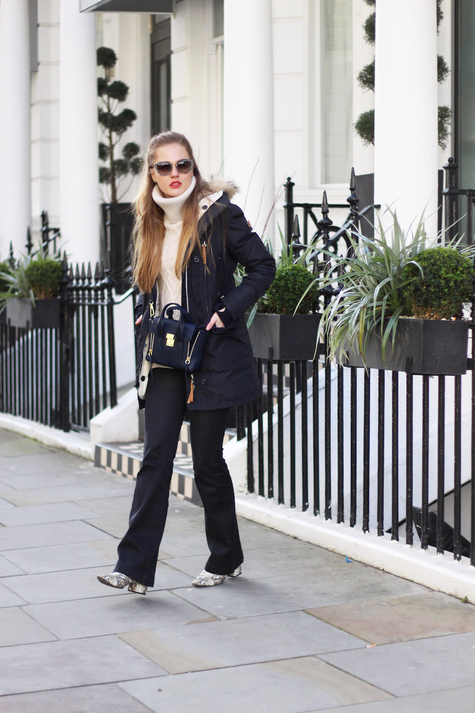 floortjeloves, london, travel, zara, moscow, 3.1 phillip lim, farfetch, 7 for all mankind, sweater, knitwear, flared jeans