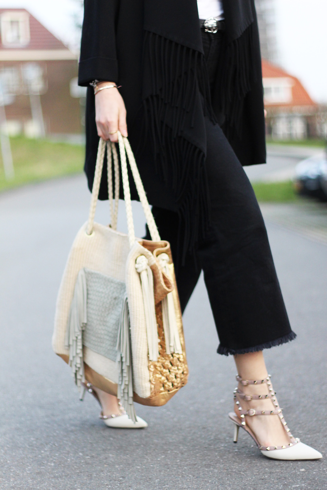 floortjeloves, fringes, valentino, valentino shoes, the outnet, luisaviaroma, zara, denim, culottes