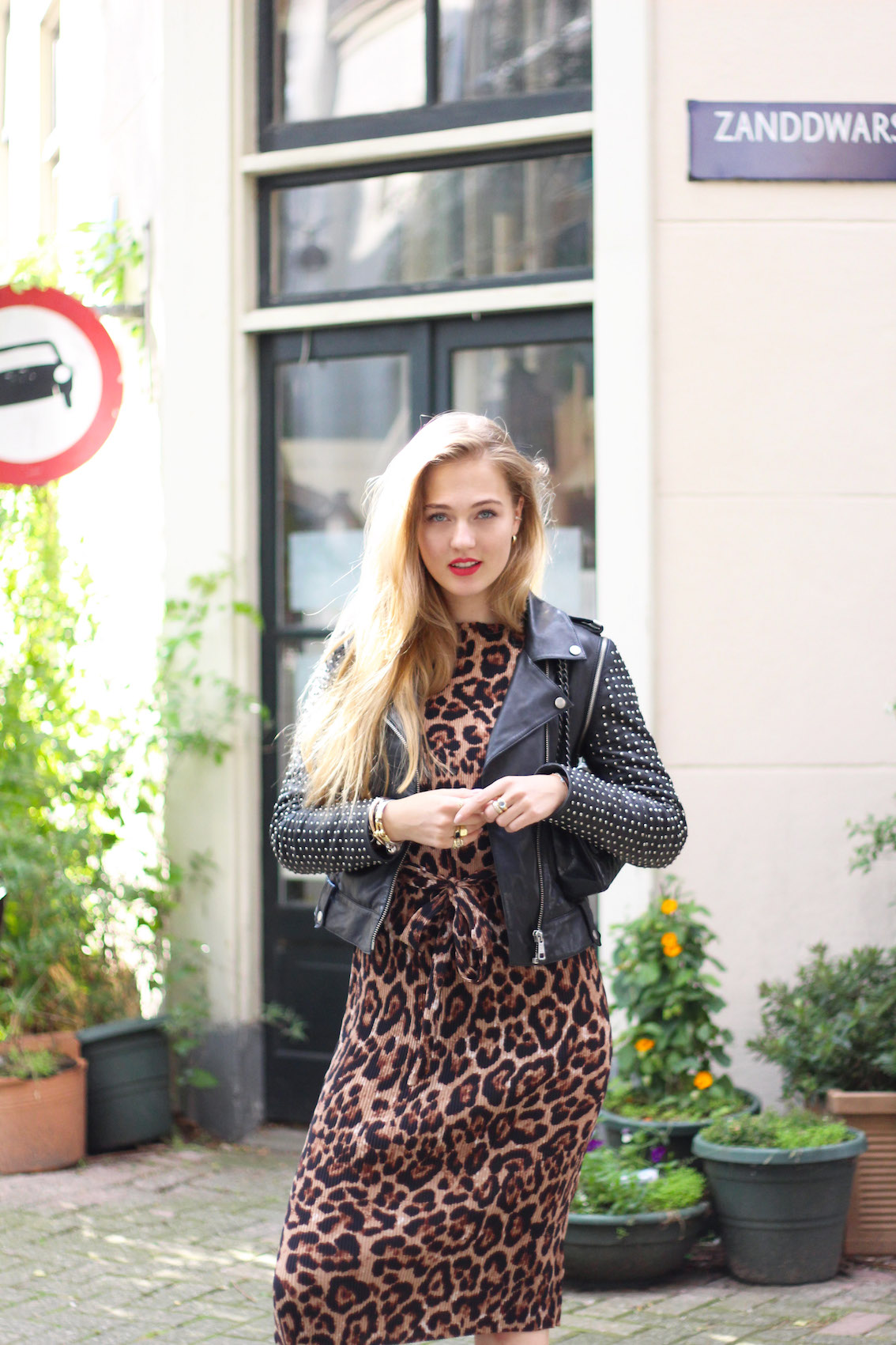 floortjeloves, leopard, asos, as seen on me, dress, mules, leather jacket, rich&royal, chanel, chanel bag, fall in love with your job again