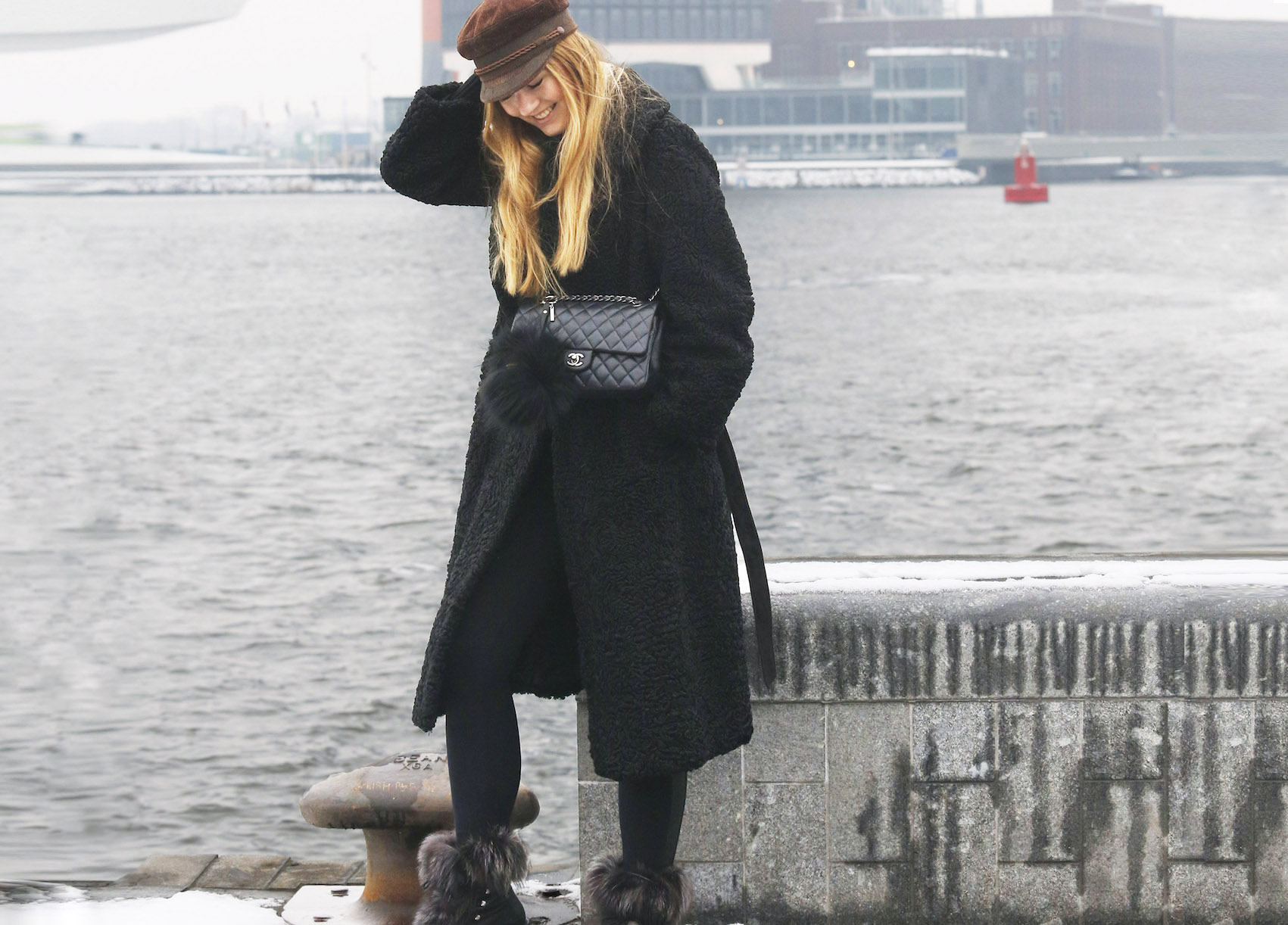 floortjeloves, how to, how to recover from a stressful day, amsterdam, ndsm werf, ndsm, amsterdam north, stress, stress les, how to stress les, fendi, chanel, chanel bag, fur coat, vintage coat, vintage cap, cap, wolford, plan 78, plan 78 project, plan78, plan78 project