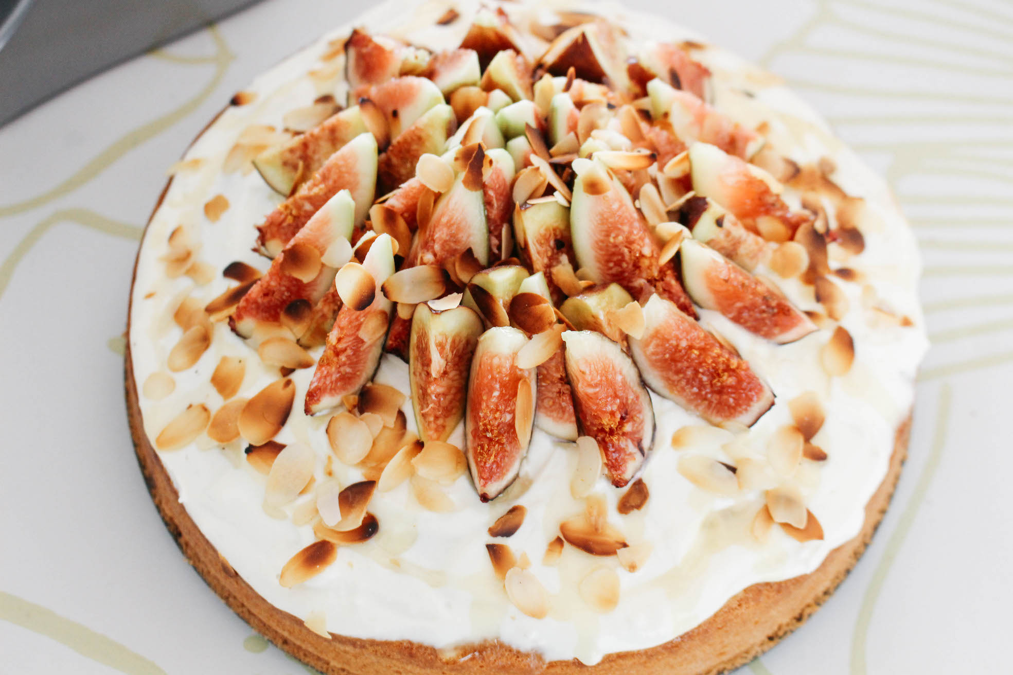 Floortjeloves, food, recipe, cake, pie, figs, fig, kenwood, kenwood kitchen machine, fresh figs cake, fall cake