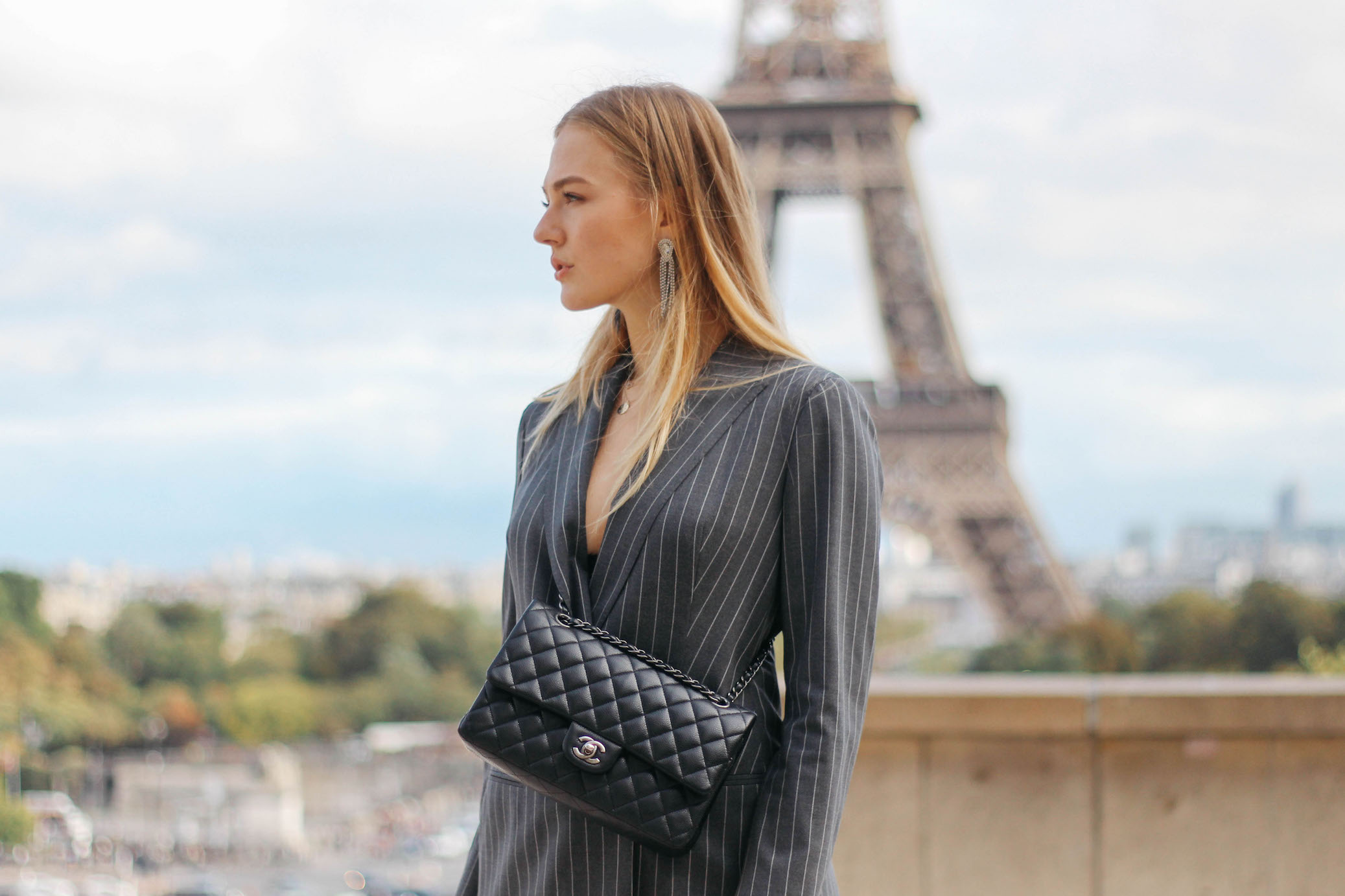 Floortjeloves, pfw, paris, Paris fashion week, Paris fashionweek, fashion week, fashionweek, Louis Vuitton, Louis Vuitton boots, suistudio, suit, chanel, chanel bag, chanel classic, Eiffel Tower, chanel bag, rosegal