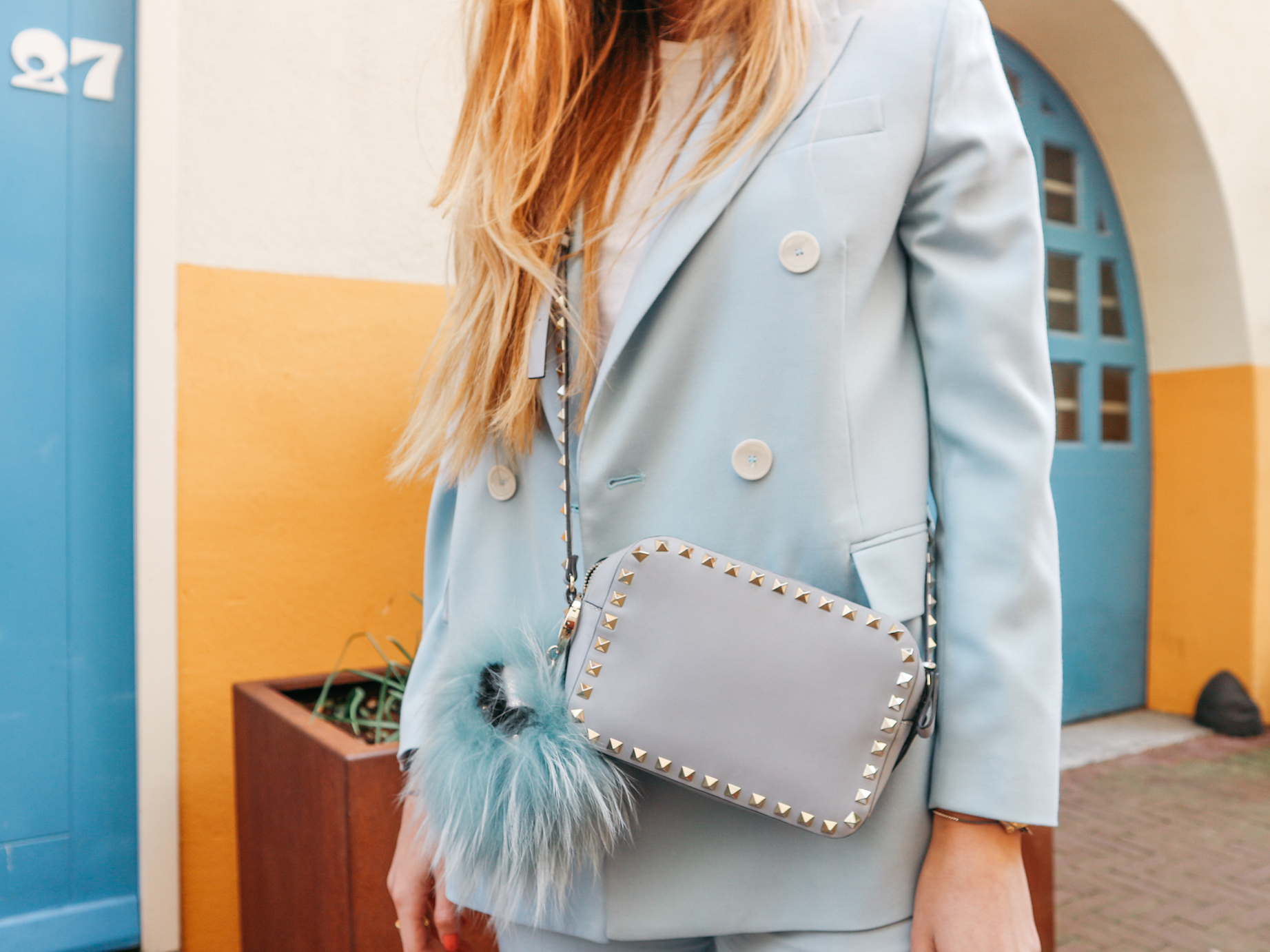 floortjeloves, zara, maison Valentino, Valentino, Valentino bag, all stars, all stars sneakers, converse, converse sneakers, mango, mango earrings, statement earrings, blue suit, suit, baby blue suit, light blue suit
